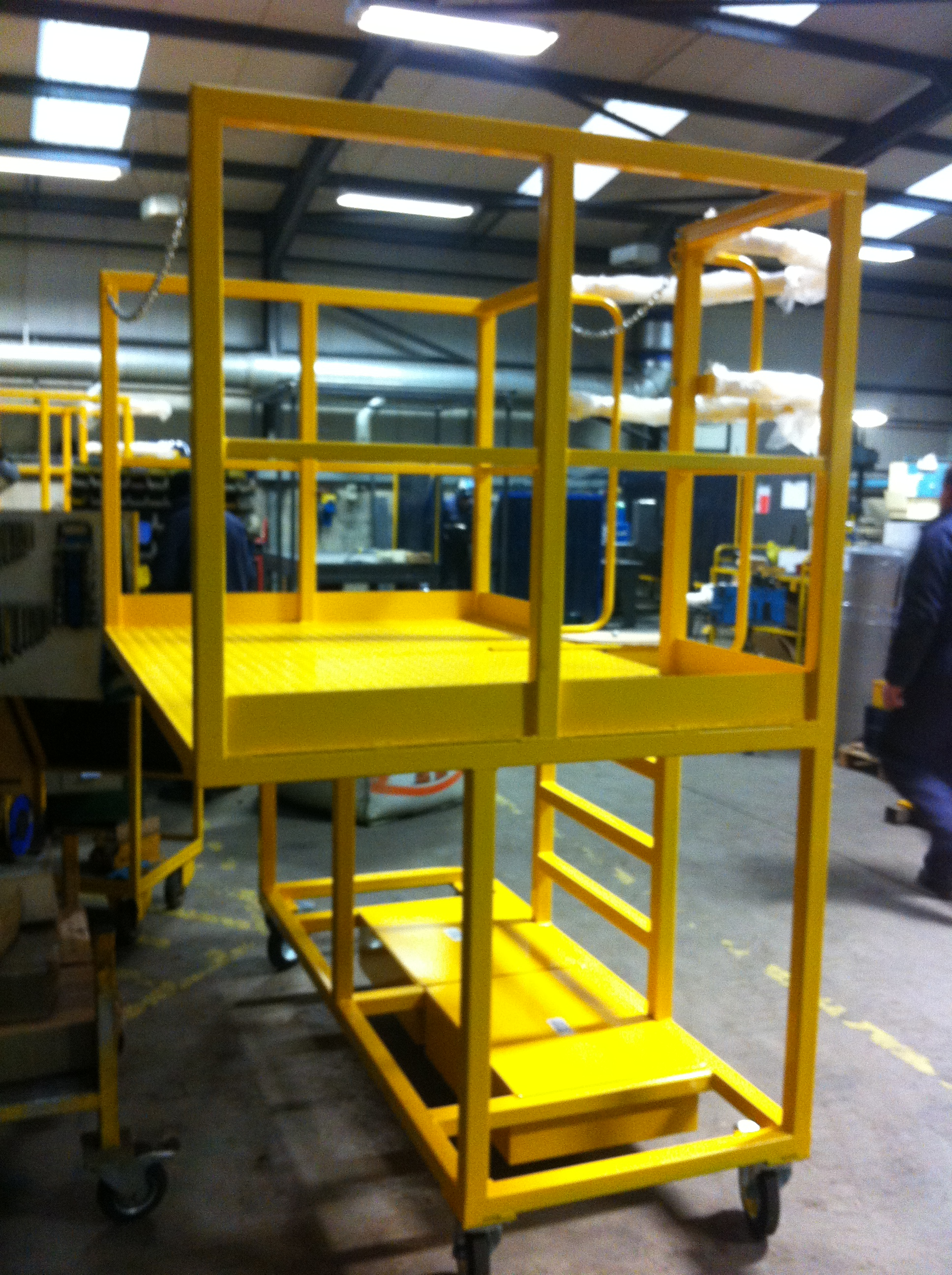 2012-09-9581 – Medium Crusher Cantilever Working Platforms