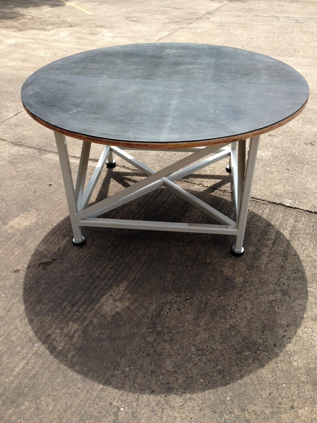 Circular Inspection Table