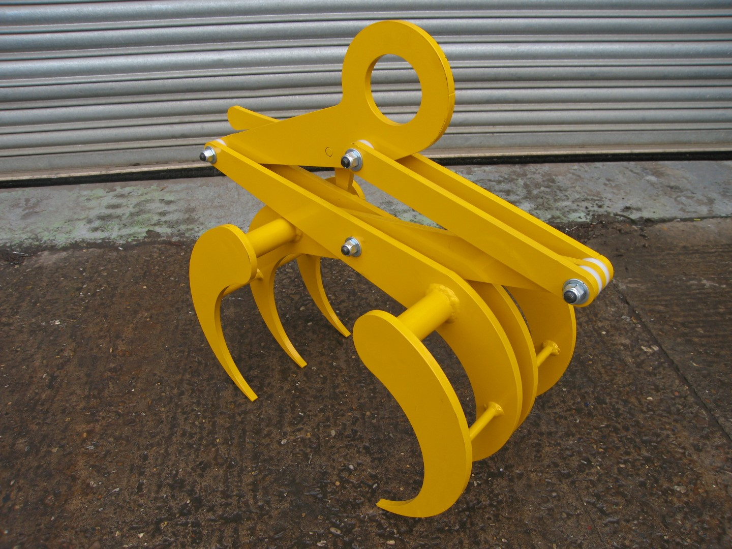 Material Lifting Claw