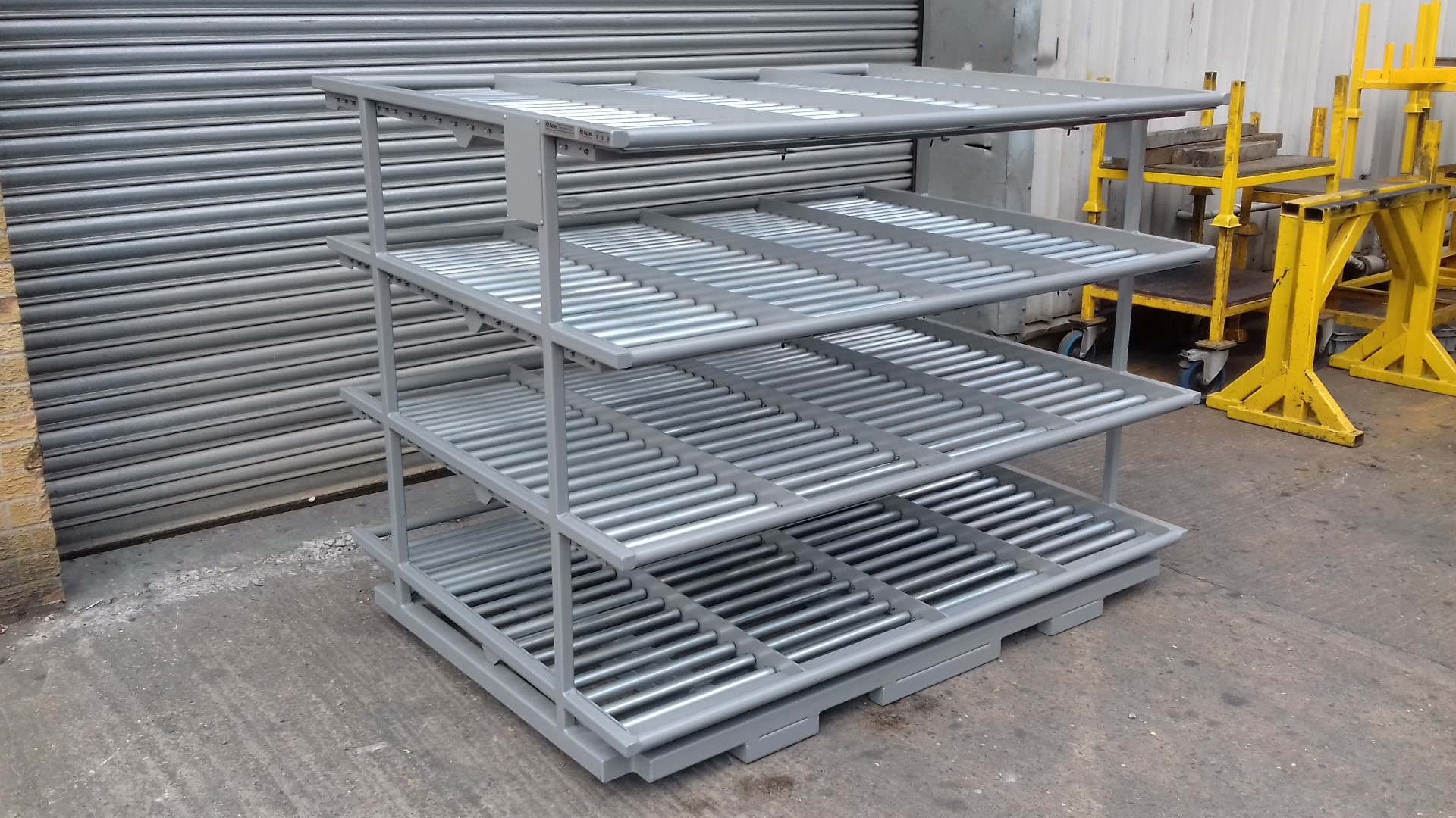 FA2 Flow Rack Stand