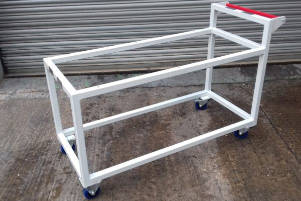 30048-22 – Mac Room Trolley