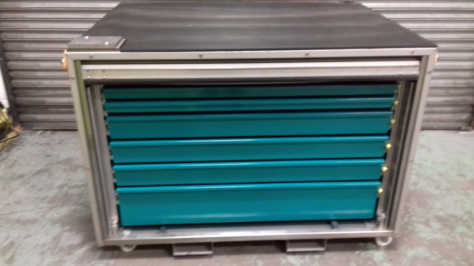 Large Toolchest – 6 Drawer